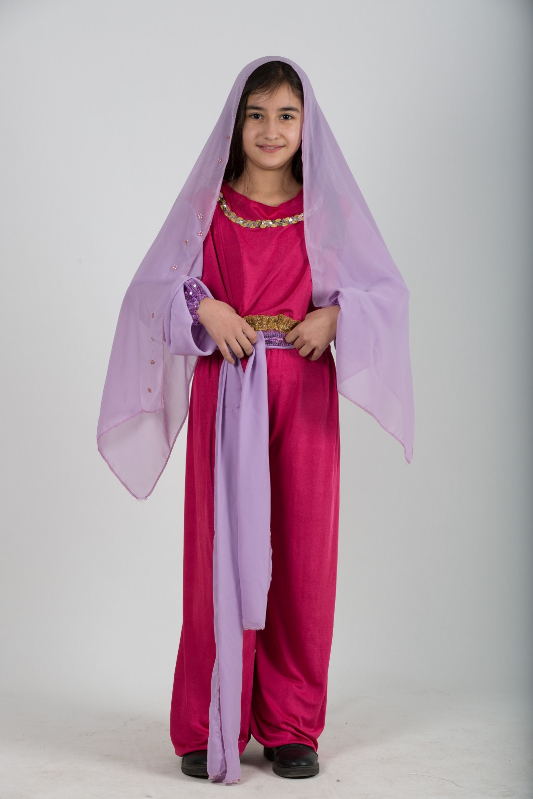 Arap-kız-kostum-fusya-lila