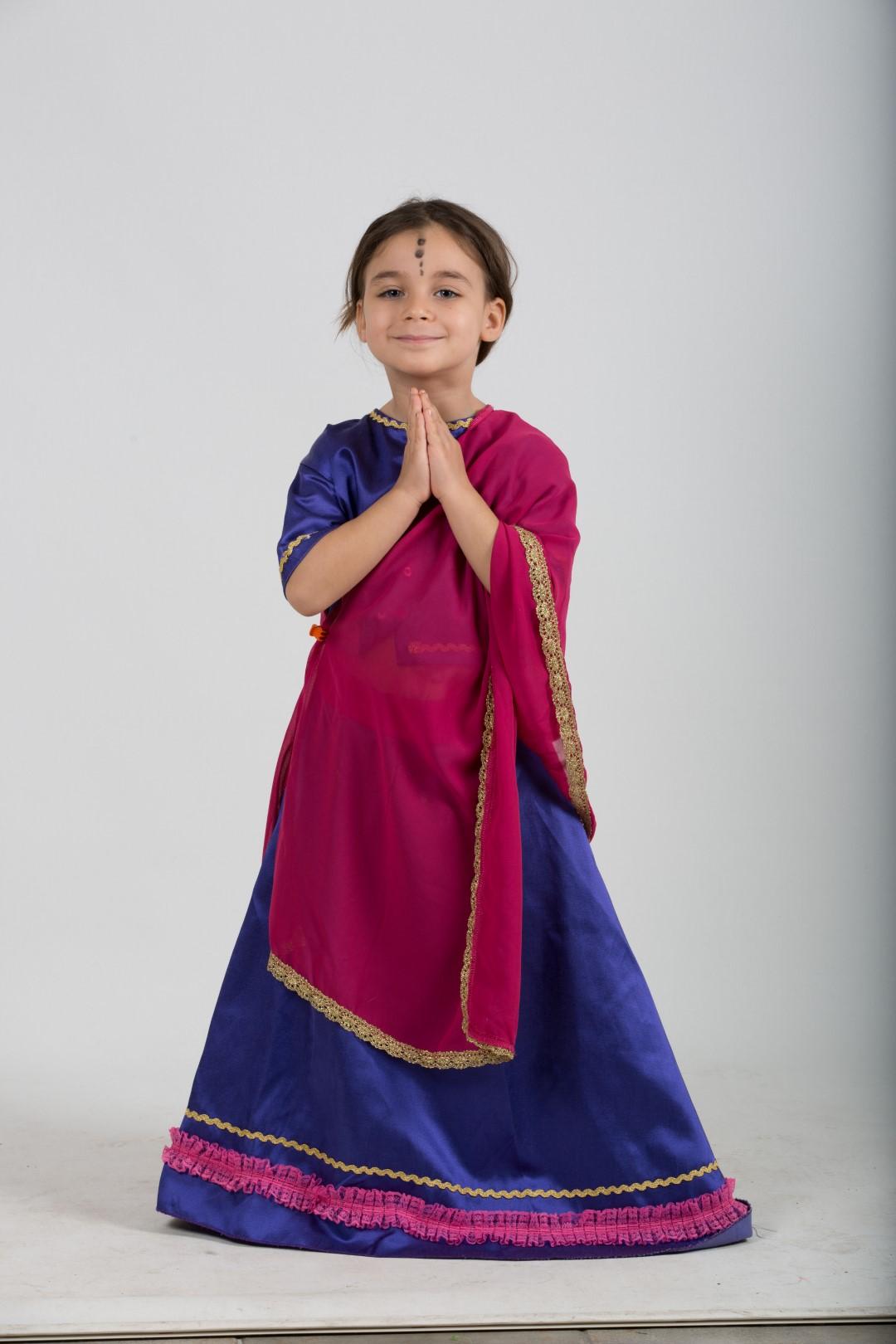 Hintli-kız-kostum-mor