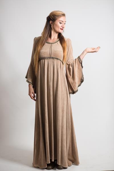 orta çağ-ekru-kadife-kadın-kostumu