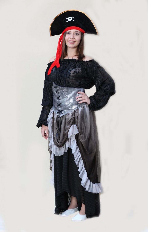 gümüş-korseli-kadın-korsan-kostumu