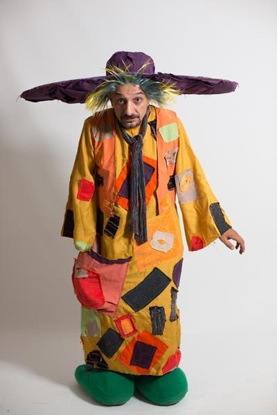 aga-boom-tasarım-show-kostumleri.jpg