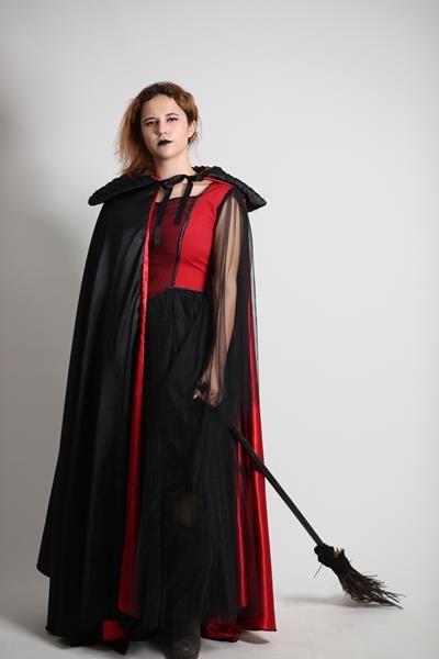 uzun-siyah-cadı